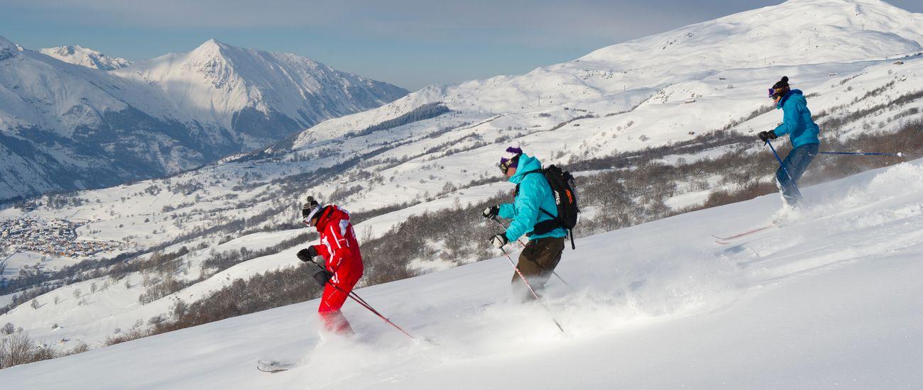 Sorties ski et snowboard tous niveaux à la station Les Menuires