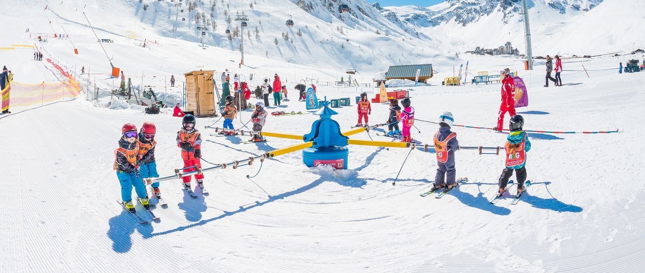 Groupe d'enfants aux Club Piou-Piou de Tignes Les Brévières