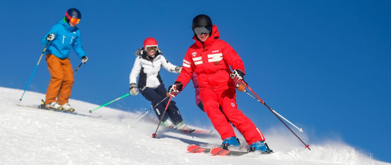 Cours collectifs de ski sur les pistes avec un moniteur ESF Tignes Les Brévières